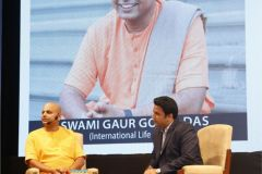 GAUR-GOPAL-DAS-ROUND-SQUARE-INTERNATIONAL-CONFERENCE-RSIC-2019-EMERALD-HEIGHTS-SCHOOL-INDORE-INDIA-2